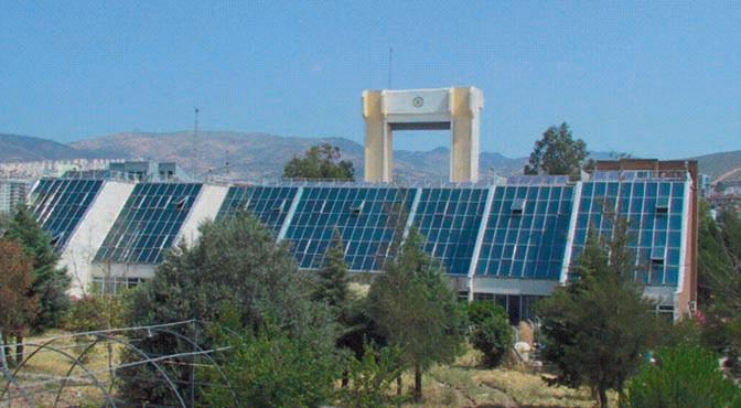 E.Ü. Güneş Enerjisi Enstitüsünde laminasyon teknolojisi güneş pili panelleri