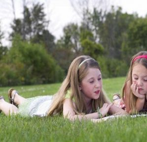 7-8 yaş çocuk arkadaşlık ilişkileri ve yatıya kalma