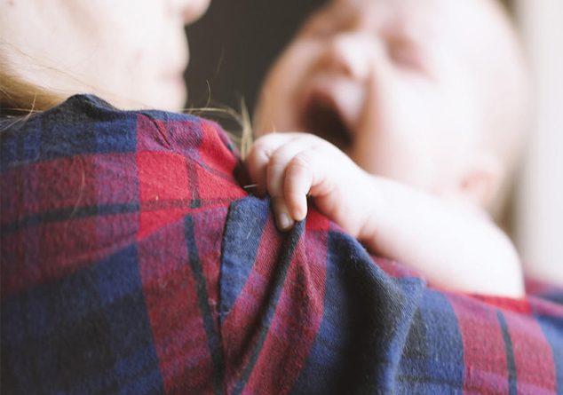 Bebeklerin ağlamasının 10 sebebi