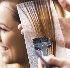 Hamilelikte saç boyatmak zararlı mı