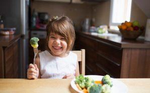 çocuk yemek yeme