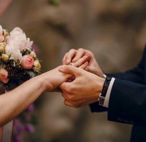 Evlilik üzerine