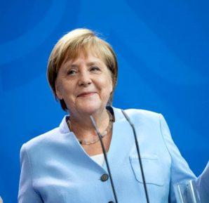 Angela Merkel'in karantina dönemi sona erdi