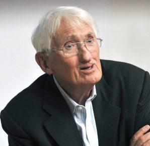 Alman filozofu Jürgen Habermas