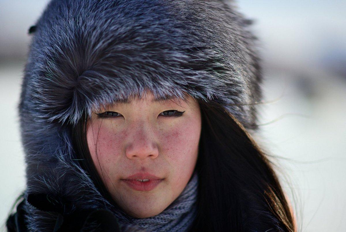 Sibirya'da yaşayan geyik çobanları Evenler