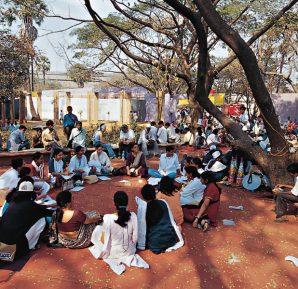 Hindistan'ın Bombay (Mumbai) kentinde düzenlenen Dünya Sosyal Forumu