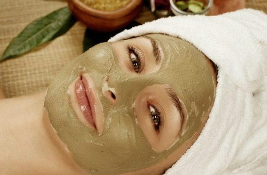 kil-maskesi kil maskesi Kil Maskesinin Cilde Faydaları - Cilt Türlerine Göre Maskeler kil mask